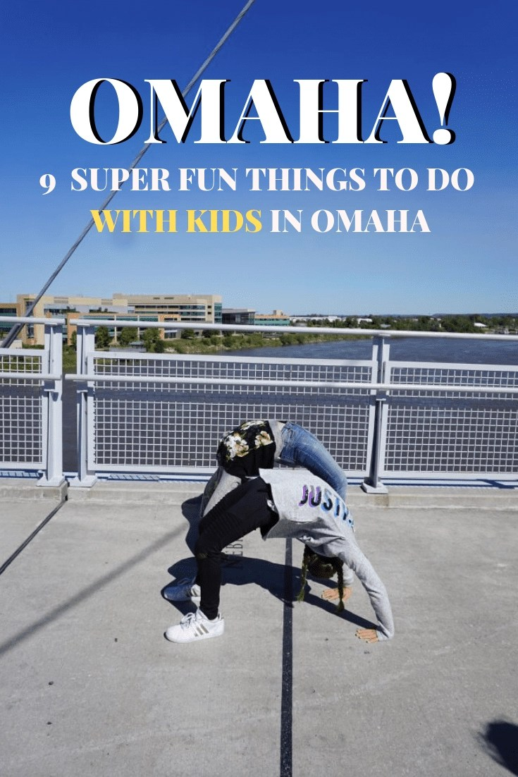 9 Super Fun Things to do in Omaha with Kids! Omaha is a great place to vacation with your kids. From zoos and botanical gardens to football. Here are some of the top things to do in Omaha with kids. #omaha #nebraska