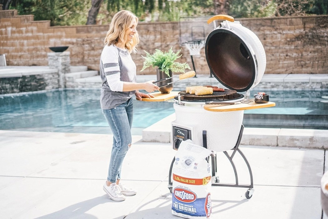 The BEST Tips on how to light charcoal and how to cook over a charcoal grill. #Kingsford #homedepot #grilluptheholidays #sponsored