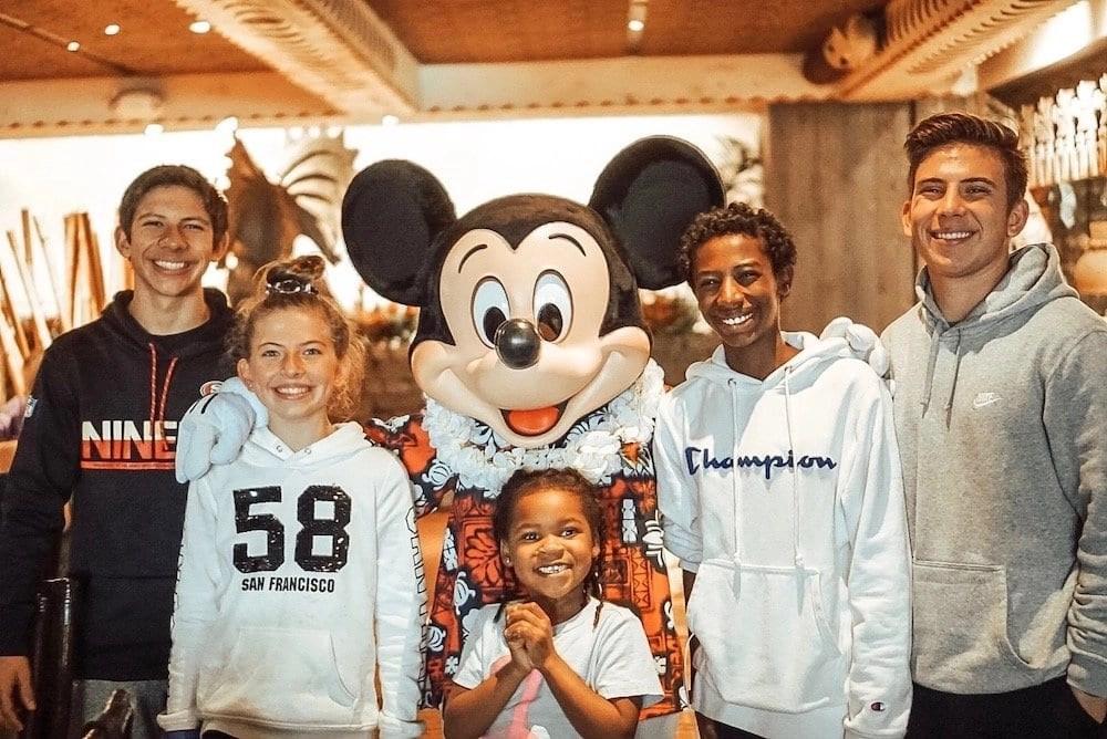 Best Character Dining at Disney World - Ohana Character Breakfast