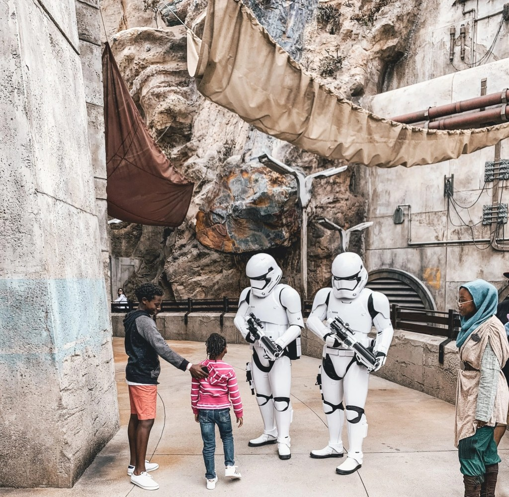 Star Wars Galaxy's Edge!