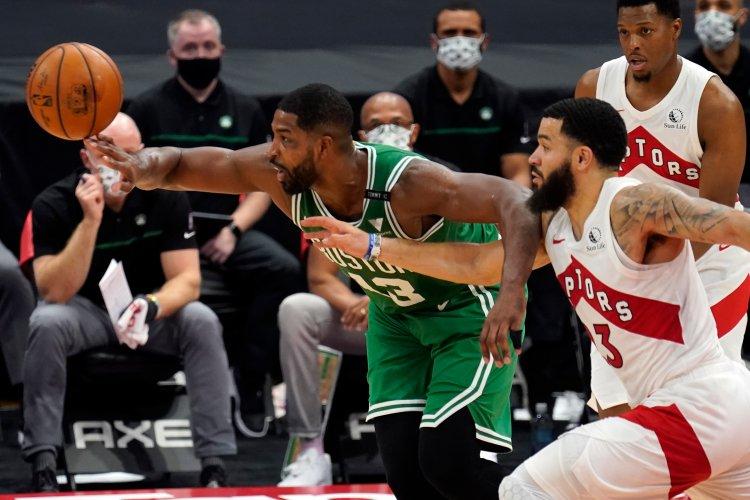 Raptors blow another lead as Boston Celtics add to Toronto ...