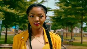 Most music legends are not versatile says Simi