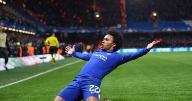 'Get rid of him' as Chelsea fans react allegedly over Willian contract extension negotiation