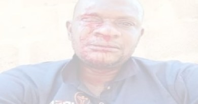 Angry mob attacked PHCN official beat him up while distributing bills in Ogun (photo)