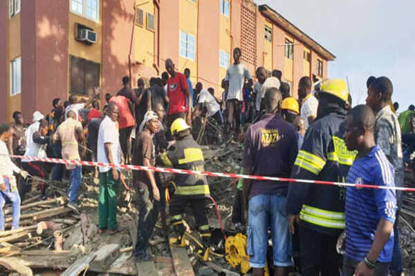 BREAKING: Building Collapses at Obalende In Lagos