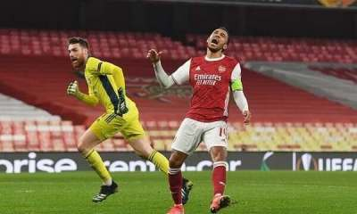 See What Aubameyang Did After Pepe Miss A Huge Chance To Score Against Olympaicos