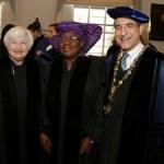 (Photonews) Okonjo-Iweala receives her Yale University Honorary degree