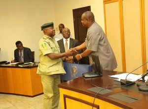 Rivers State Governor, Nyesom Ezenwo Wike receives the new controller Prisons, Rivers State Command, Mr John Mrabure on Thursday.