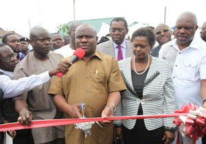 Gov. Nyesom Ezenwo Wike of Rivers State (Second left), Deputy Gov. Dr. Ipalibo Banigo (Second right), CTC Chairman Barr Clifford Oparaodu (extreme left) and Dr. Henry Ogiri Director Finance & Administration NDDC, during the commissioning of the Iloabuchi/Eagle Island Link Road in Port Harcourt.