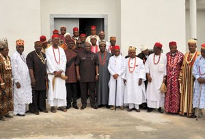 Abia state Governor, Dr. Okezie Ikpeazu (middle) with his deputy Rt. Hon. Udeh Oko Chukwu (on his immediate left) flanked by the Executive members of the South-East Council of Traditional Rulers when they visited the governor in Umuahia.