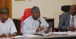 Governor Ambode  addressing the meeting