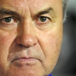 Chelsea appoints Hiddink Coach; defeats Sunderland 3-1