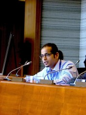 Harshad Barde speaking at the panel of the Nordic School. Photo: Karin Pape