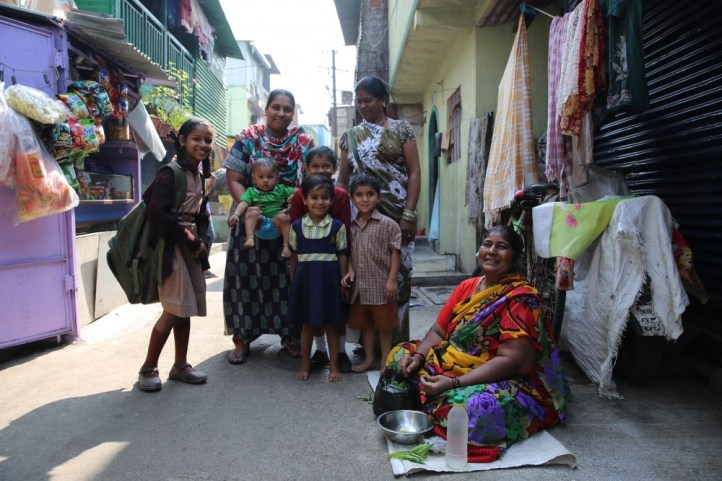 Women and children in the slum of Pune.