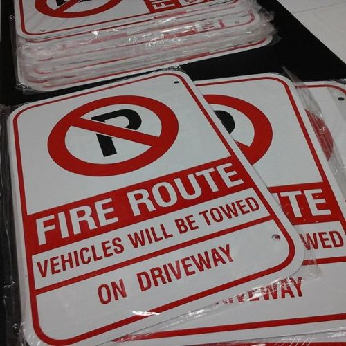 Fire Route Signs FR8