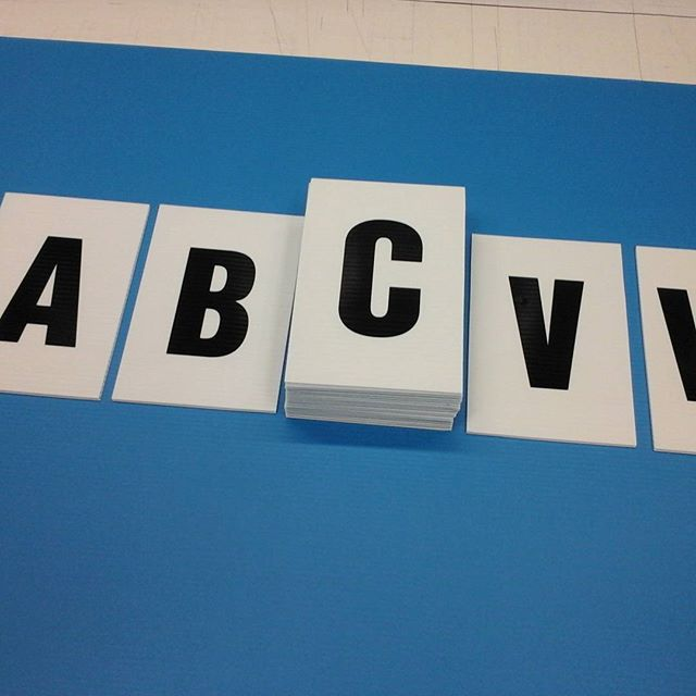 Lettered placards (coroplast)