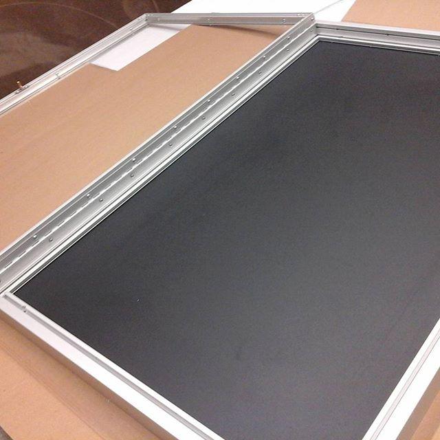 Glass Lid Display Case
