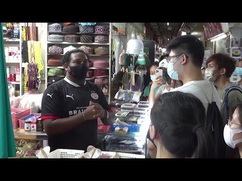 Hong Kong's diversity explored through walking tour
