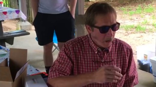Color blind man sees color for first time
