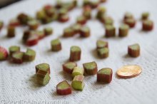 Rhubarb Raisins | 22 Campfire & Scandinavian Recipes to celebrate Midsummer's Night