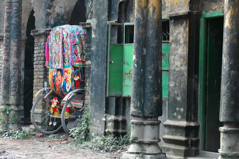 """Rickshaw in Sonargaon"" by Nafis Kamal - Flickr. Licensed under CC BY 2.0 via Wikimedia Commons - https://commons.wikimedia.org/wiki/File:Rickshaw_in_Sonargaon.jpg#/media/File:Rickshaw_in_Sonargaon.jpg"