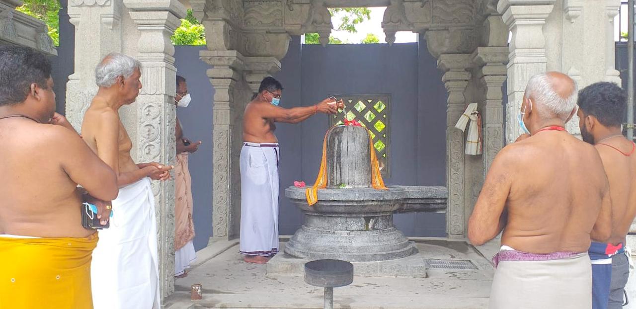 திருக்கேதீஸ்வரத்தில் வடமாகாண ஆளுநர் ஜீவன் தியாகராஜா வழிபாடு