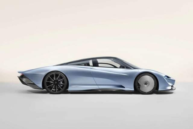 McLaren Speedtail Sideview
