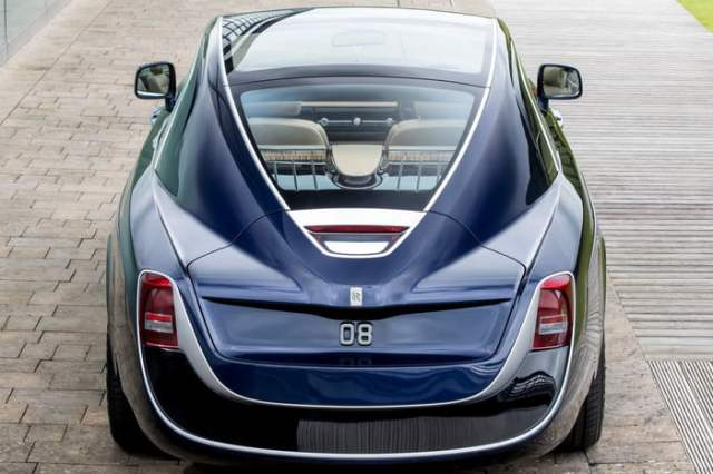 Rolls-Royce-Sweptail-Backside