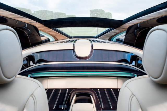 Rolls-Royce-Sweptail Inside