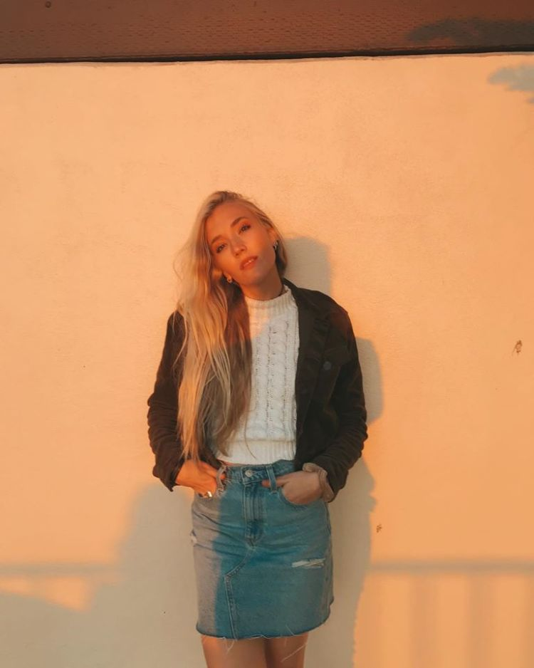 Chloé Caroline