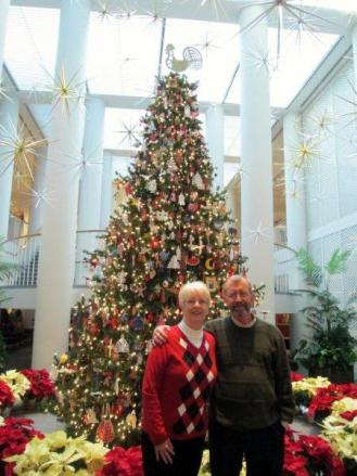Terry & Shirley in front of tree at the DeWitt Wallace Museum, Williamsburg