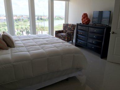 Solare master bedroom sample.