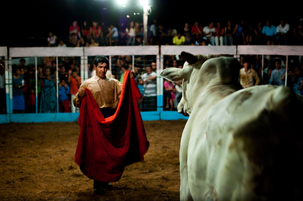 """Bull fight called """"Torín"""", where the bull is not killed. San Pedro department in Paraguay. Photo by Elton Núñez by"""