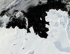 Shifting currents are eating away at the Pine Island Ice Shelf