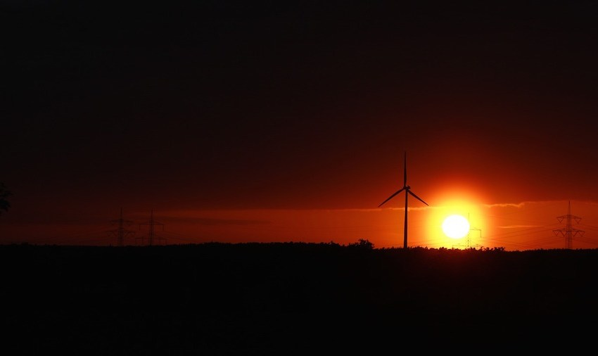 Renewable Energy Delivers 70 Percent of New Generating Capacity in First Half of 2015