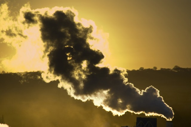 Global CO2 emissions flat in 2015