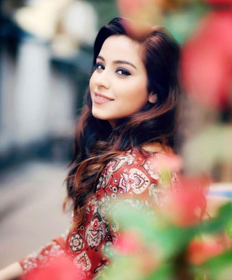 Ruby Bharaj Actress
