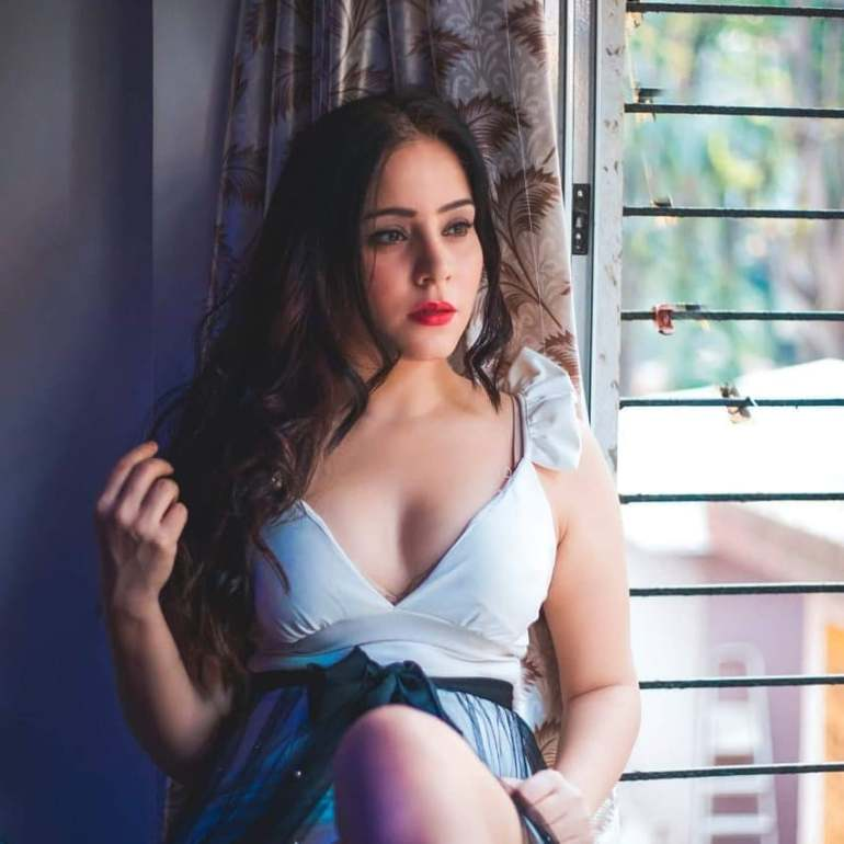 Ruby Bharaj Sexy Pic