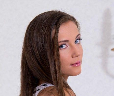 Maria Devine