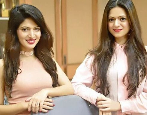 Charlie Chauhan with her Sister