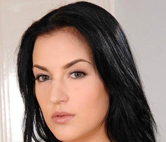 Carmen Croft