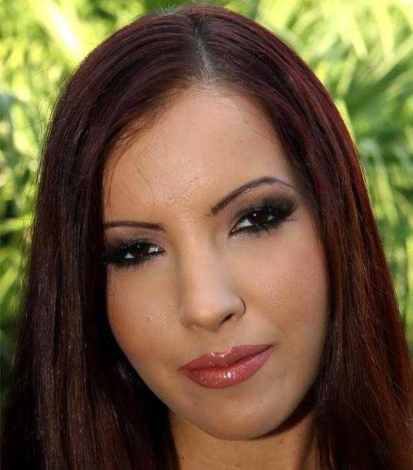 Tina Martinez (Tina Dove)