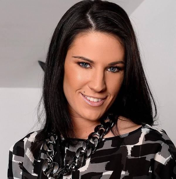 Anthia Clayton (Athina)