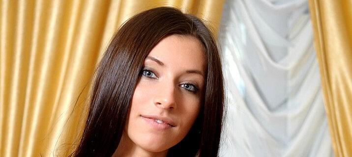 Simona Nikolay (Simone B)