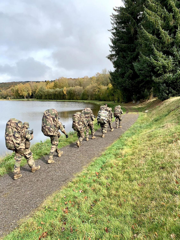 Camp Militaire De La Courtine : militaire, courtine, Globe, Reporters