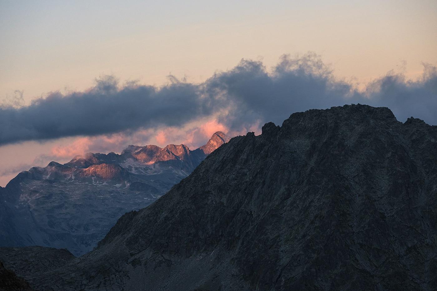 Massif de l'Aneto au coucher du soleil