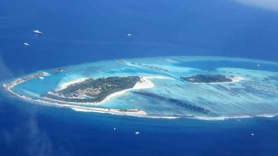 An aerial photo of some of the islands that make up the Maldives. (Image Credit: GoodFreePhotos.com)