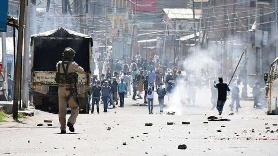 Indian security personnel confront protestors in the disputed Muslim-majority region of Kashmir on December 17, 2018. (Image Credit: Seyyed Sajed Hassan Razavi)