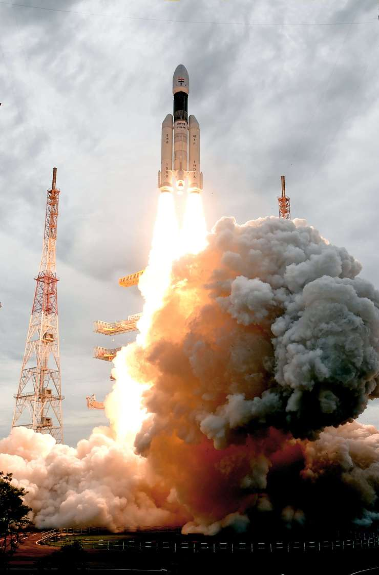 The Geosynchronous Satellite Launch Vehicle GSLVMKIII-M1 Rocket launches on July 22, 2019 from the Satish Dhawan Space Center in Andhra Pradesh, India, carrying the Chandhrayaan-2 spacecraft. (Image Credit: Indian Space Research Organization)