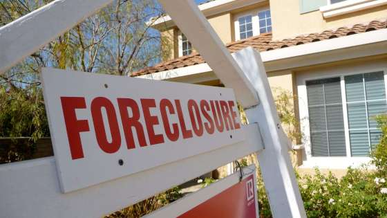 foreclosure sign house
